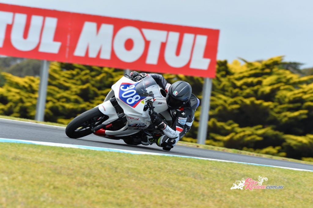 Live race coverage includes the Superbike, Supersport, Supersport 300 and selected races of the Oceania Junior Cup.