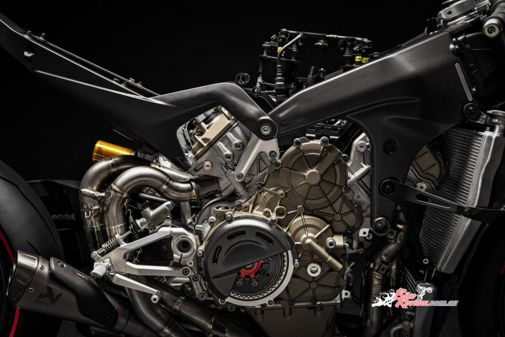 Typical thinking would have the Superleggera's carbon-fibre Front Frame as the stiffest of all three Panigale V4's on sale, but you'd be wrong. It's actually the reverse.
