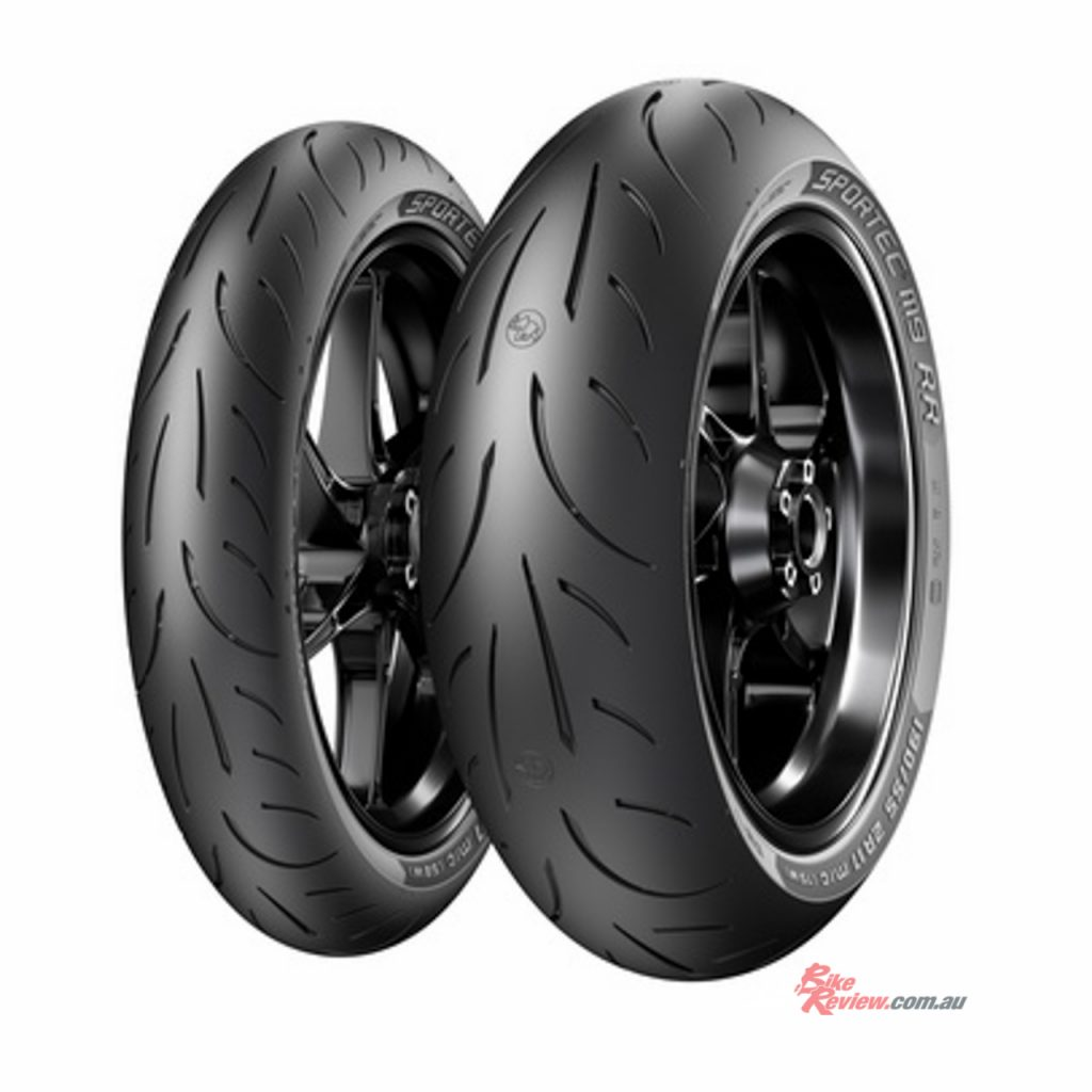 Metzeler's SPORTEC M9 RR tyre is an evolution and improvement of the previous iteration, the SPORTTEC M7 RR.