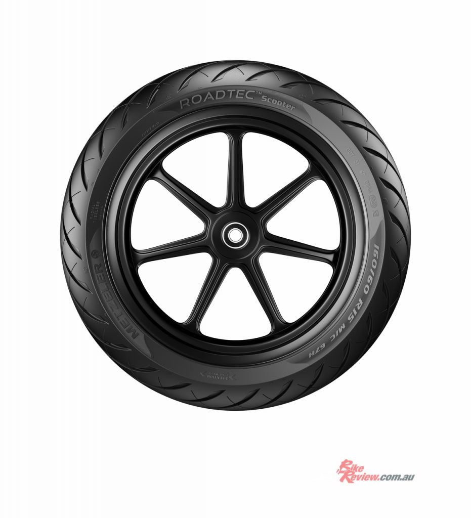 Metzeler's ROADTEC Scooter tyre is set to replace Metzeler's FEELFREE, FEELFREE WINTEC and ME 7 TEEN.