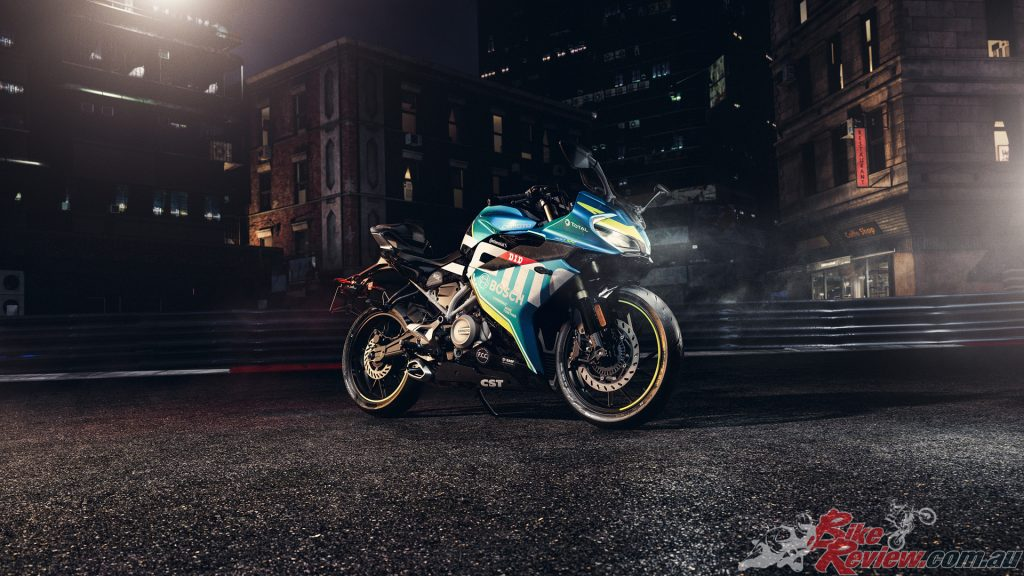 The first fully-faired sportsbike from CFMOTO is a sleek looking, elegant machine.