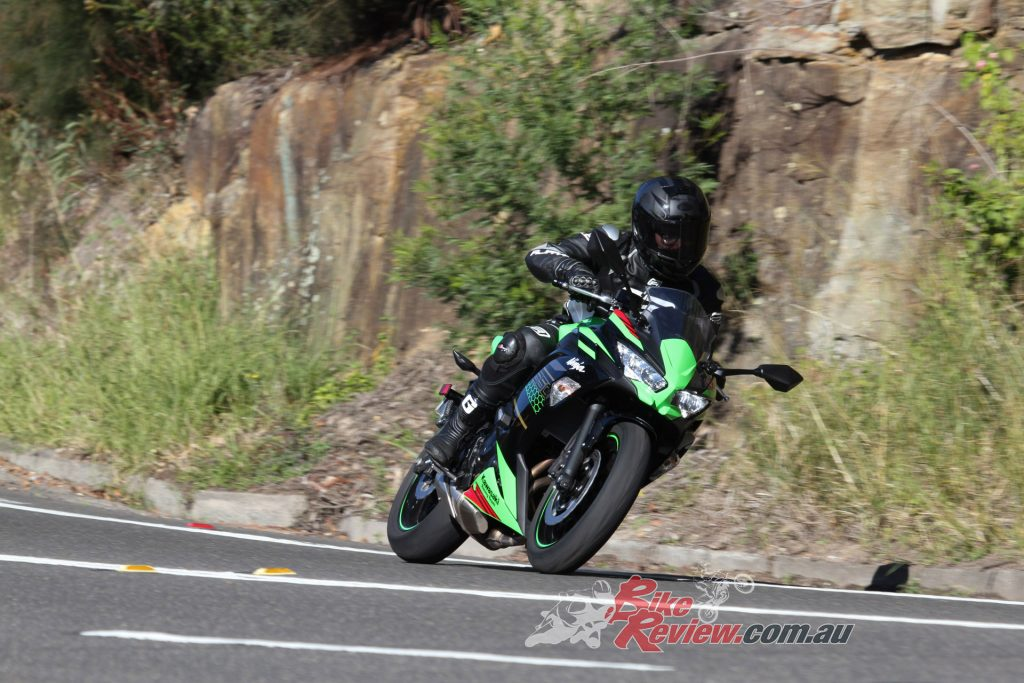 Smooth fuelling on the Ninja 650L makes flowing with the traffic an easy task and backroad runs so much fun!