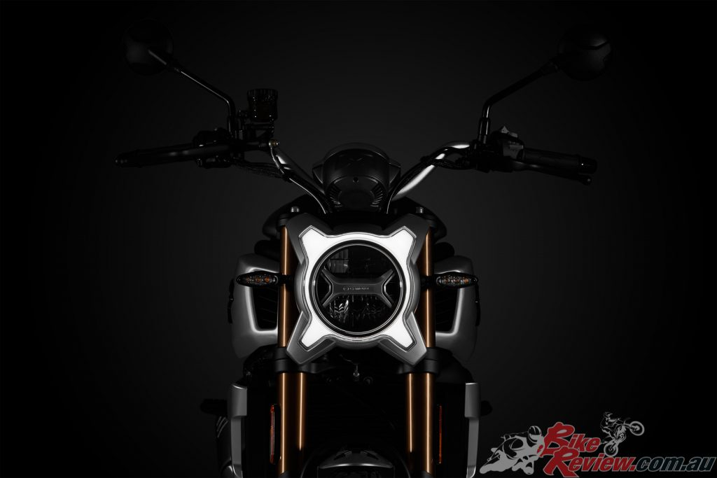 The 700CL-X features a daytime-running light and auto-cancelling turn signals.