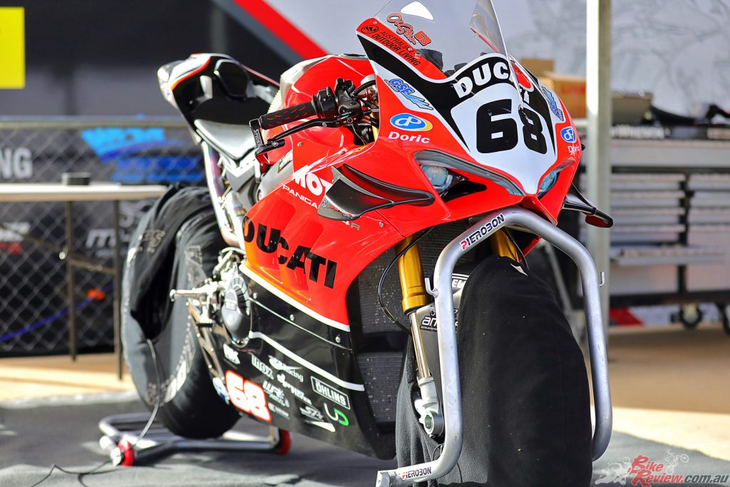Oli's VR4 Superbike, which he rode at Morgan Park over the weekend and made his Superbike debut on.