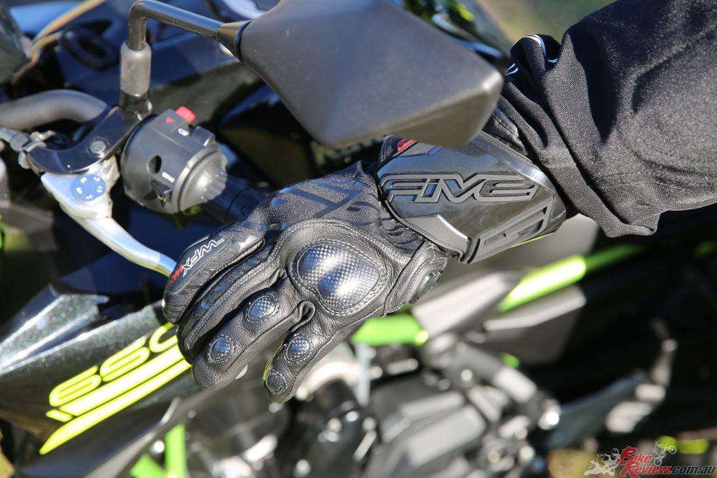 By the slimmest of margins, Five's WFX Max glove takes the cake as the best pair of winter gloves from this selection.
