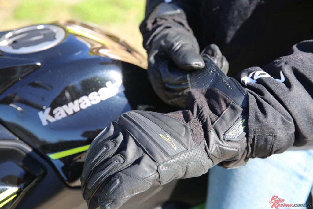 The Macna Exile goes head to head with the Five WFX Max to determine which is the better glove...