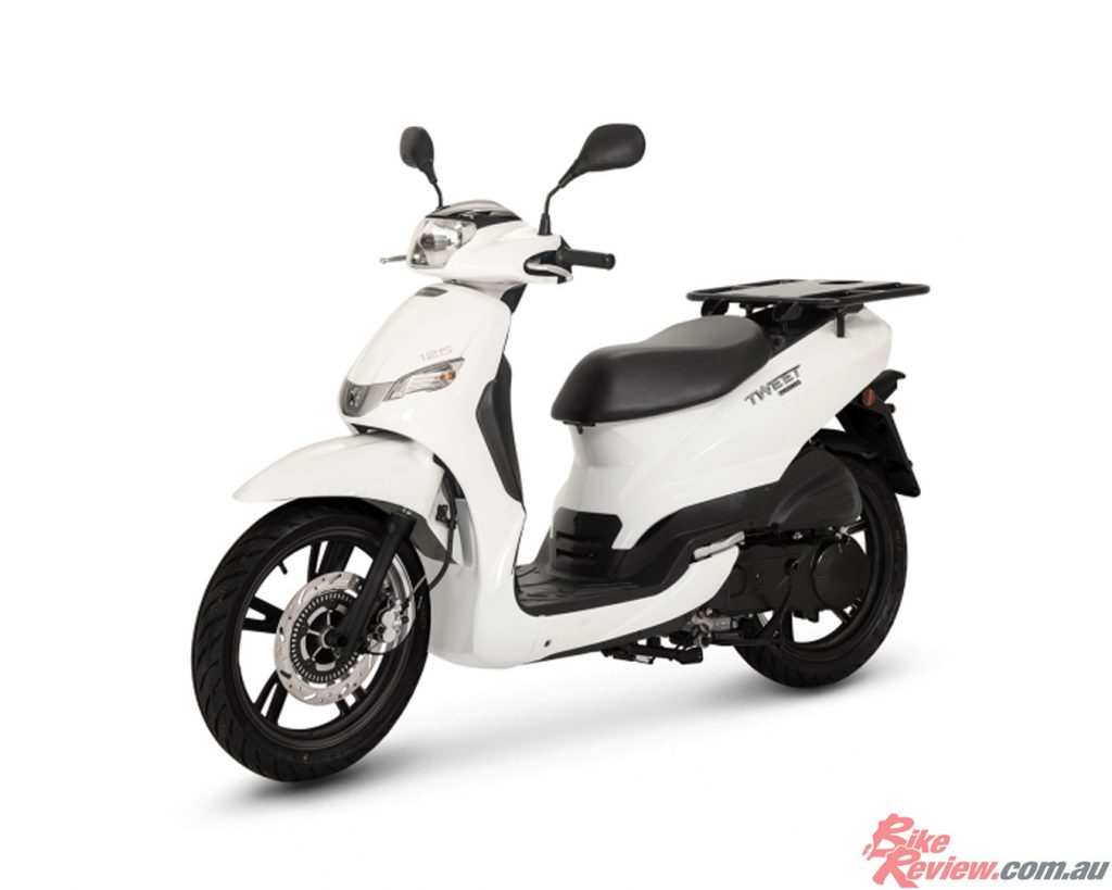 Peugeot introduce the new and improved Tweet 125 PRO