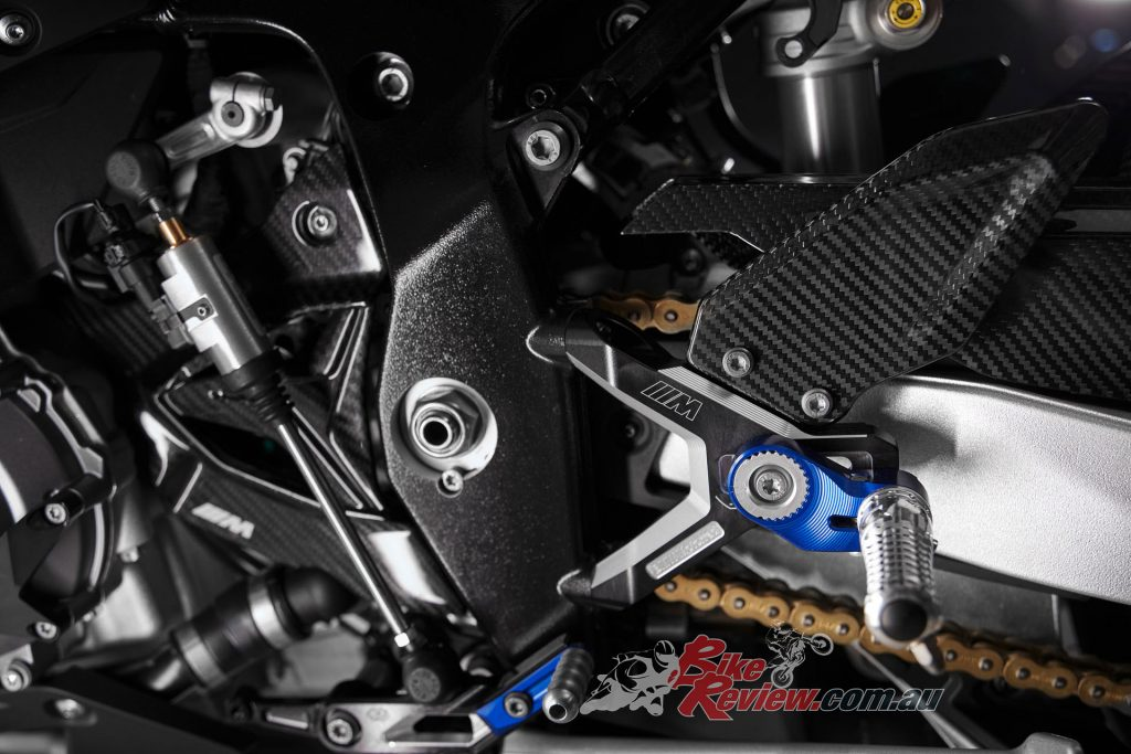 The bridge frame is retained from the S 1000 RR but geometry is revised for the M 1000 RR and is adjustable.