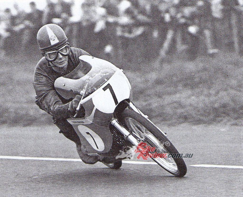 Van Veen Kreidler 50cc mounted legend Jan de Vries en route to 2nd in the Ulster GP...