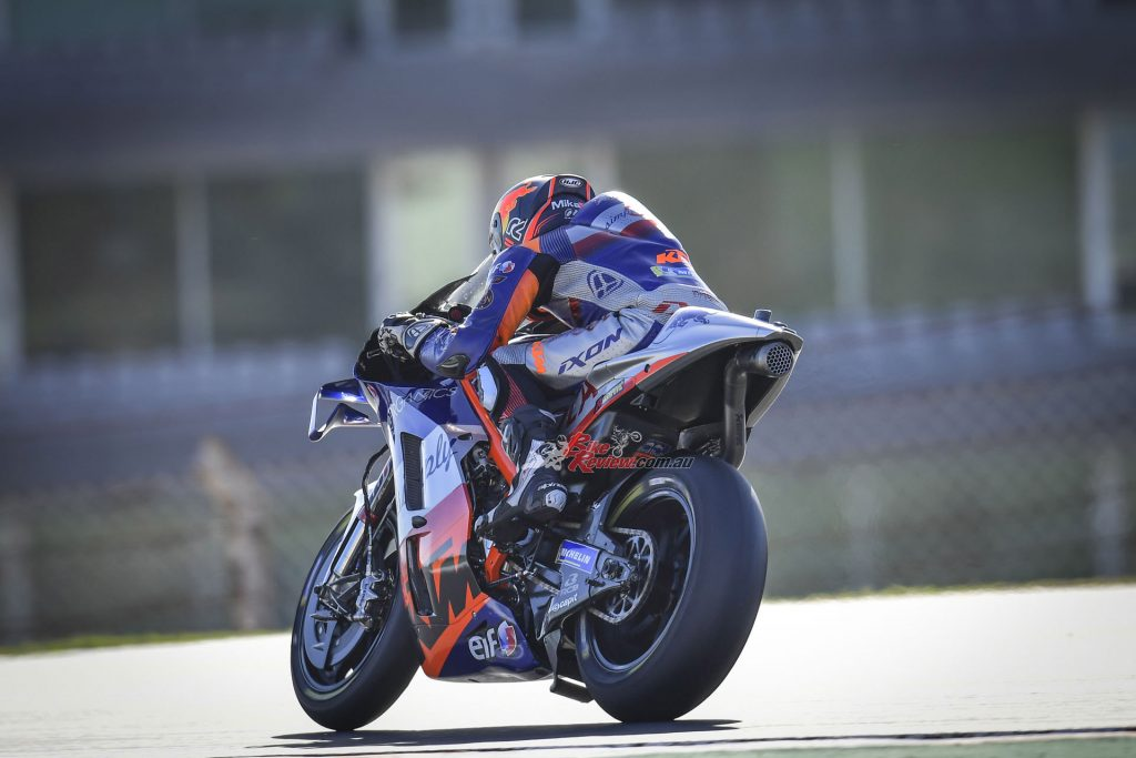 Oliveira on his way to a famous and dominating win at Portimao.