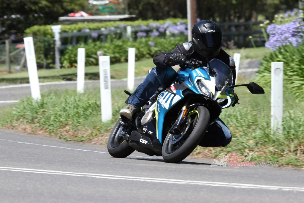 Handling is stable yet with the lightweight of the bike, steering is fast and direction change quick. Line holding is good but ergonomically, the 300SR suits smaller riders.