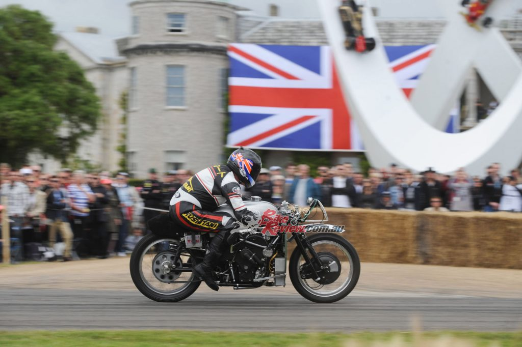 A 240,000-strong crowd turn out to the festival over the weekend. It must have been a thrill to ride the V8 at such an event. Good on Sammy Miller for making it happen and displaying this great old machine (and the Guzzi 500 V8!)...